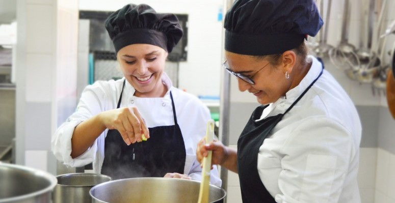 24102019 Alumnas finalistas de Hecansa del concurso GM Chef